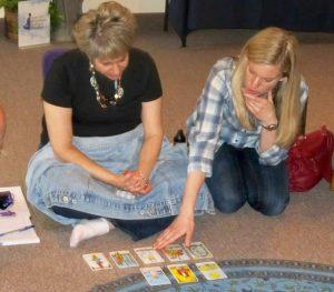 Teaching tarot